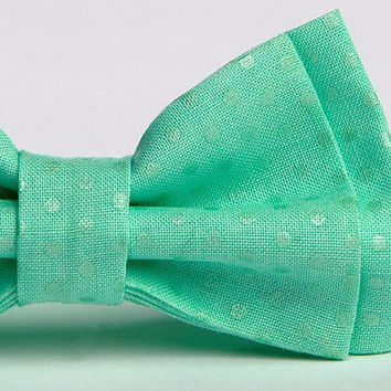 Easter Bow Tie and Suspenders  ==  Boys Easter Outfit  ==  Green Bow Tie and Suspenders  ==  Mint Bow Tie and Suspenders
