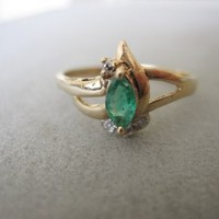Solid 14K Gold Marquise Emerald Diamonds Vintage Antique Victorian Art Deco Ring