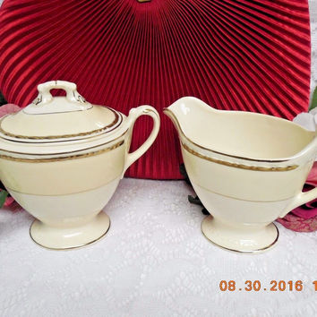 Homer Laughlin China Dinnerware Viceroy, Eggshell Georgian #G3571-creamer & suga