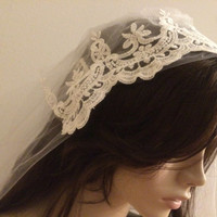 Bridal cap veil, Vintage French Lace appliques,Wedding Veils,Elbow Length , One Tier Wedding Veil Diamond white Elbow Length with CUT EDGE
