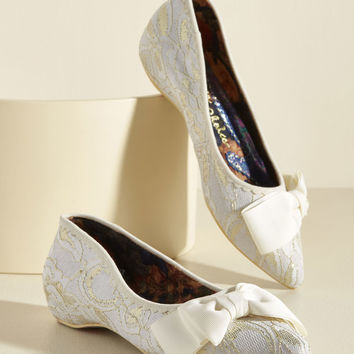 Of Novella Proportions Lace Flat