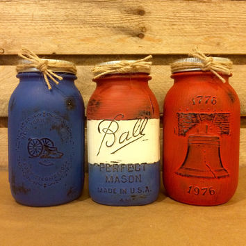 Red White Blue Vintage Mason Jar Set, Liberty Bell Jar, Fort Ticonderoga Jar, Made in USA, Patriotic Mason Jar Set, Bicentennial Mason Jars