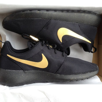 "Custom Nike Roshe Run ""Black & Gold"""