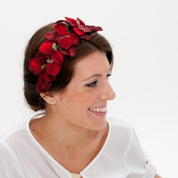 Dunnotar - Dark red Headband with Velvet Leaves and Strawberries