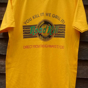 vintage Road Kill Cafe T Shirt funny Menu Hard Rock yellow tee NOS new condition 80s RARE You Kill it We Grill it Large road toad possum pie