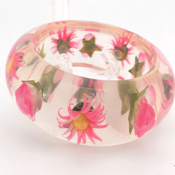 Clear Lucite pink flower embedded bangle bracelet