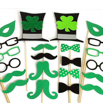 Photo Booth Props 22 St Patrick's Day St by CreativeButterflyXOX