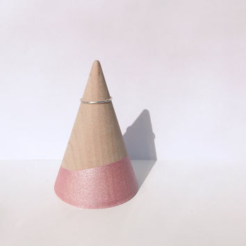 Light Pink Unicorn Horn Ring Stand