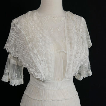 Antique Edwardian Tambour Lace Gown Vintage 1900s Wedding or Tea Dress