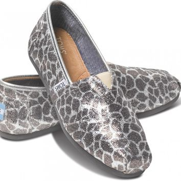 TOMS Giraffe Silver Glitter Women's Classics Slip-On Shoes,