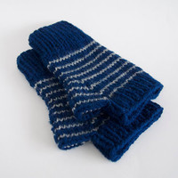 harry potter vegan fingerless mittens-- the condyle ravenclaw wristwarmers