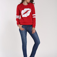 Red And White Color Block Lips Print Sweater  B0013561