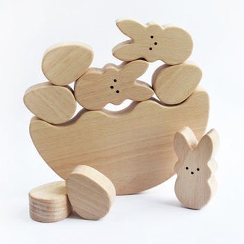 Easter Bunny Egg  Balancing toy - Wooden game - Easter Basket - Educational balancing set