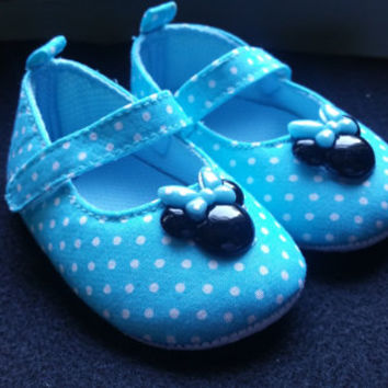 Minnie Mouse Baby Shoes, Blue Minnie Mouse Shoes, Baby blue shoes, White baby shoes, Ready to ship, Princess Shoes, Polka Dot baby shoes