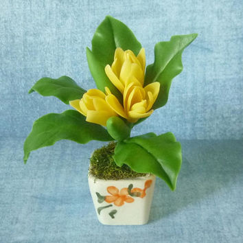 Fake tulip pot artificial clay flower 3 3/4 inch/Dollhouse miniture /Miniature clay flower pots/ Miniature flower