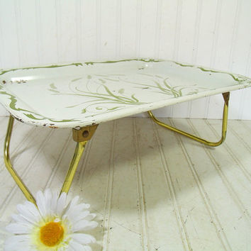 Vintage Wheat EnamelWare Bed Tray Folding Table - Retro Metal ToleWare Portable Desk Design - Shabby Chic / BoHo Bistro Serving / Display