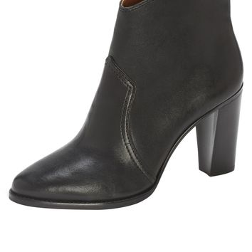 VC Signature Orlantha Bootie