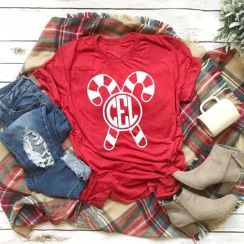 Hot New Red Christmas Shirt Monogram Candy Cane T-Shirt Unisex Casual Stylish Graphic Aesthetic Tops Christmas Party Outfits