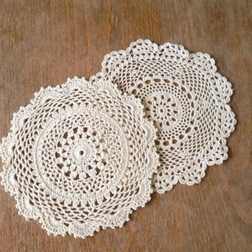 Set of Two Small Crochet Doilies in Ecru, Pair of Beige Round Mats, Boho Chic Coasters, Mini Table Runners, Tea Party, Lace Home Decoration
