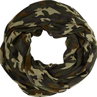 Green camo print snood