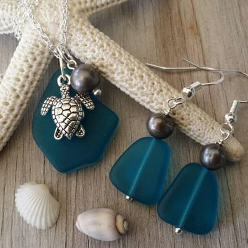 Handmade in Hawaii, Teal  blue sea glass necklace + earrings jewelry set, Fresh water pearl, turtle charm, Sea glass jewelry.