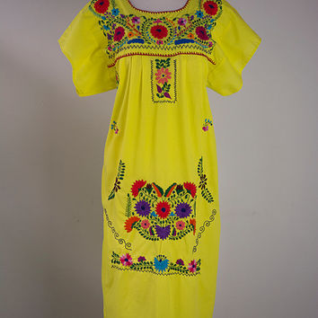 Vintage Mexican Embroidered Dress S/M Hippie Peasant Yellow