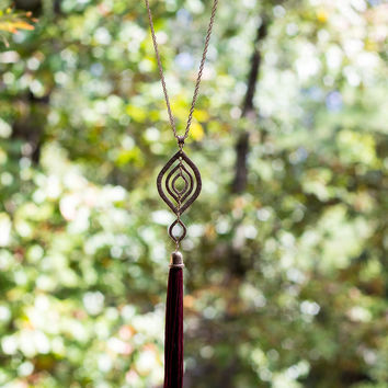 Stay With Me Necklace - Burgundy