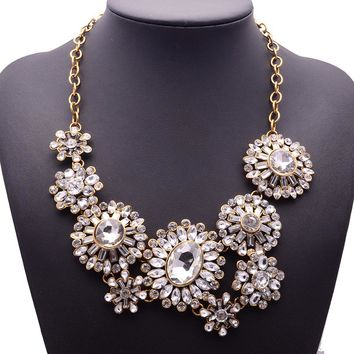 XG192 New Hot 2017 High Quality Ultra-luxury Necklaces & Pendants Big Long Crystal Flower Statement Necklace Gold Chin Jewelry