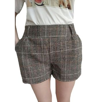 Chic Plaid Stretch Shorts