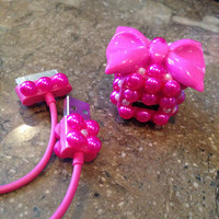 Hot pink pearl & bow iPhone charger