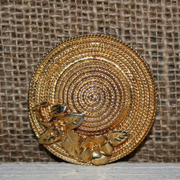 Gold Hat Brooch Floral Straw Hat Brooch Spring Brooch Spring Jewelry Spring Hat Pin Ladies Hat Gold Tone Brooches Womens Vintage Jewelry