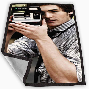 Zac Efron Camera Blanket for Kids Blanket, Fleece Blanket Cute and Awesome Blanket for your bedding, Blanket fleece *