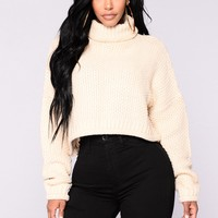 Rachel Crop Sweater - Beige