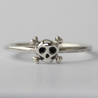 Tiny Skull stacking Ring , Sweet petit sterling silver ring
