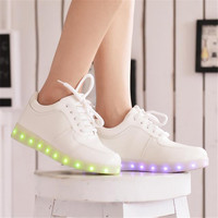 2015 Women Colorful glowing sneakers with lights up led luminous shoes a new simulation sole led shoes for adults neon Sneakers