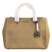 Michael Kors Jet Set Travel Medium Dressy Tote