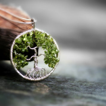 Peridot Tree of Life Necklace,  Peridot Necklace, Sentimental Tree of  Life Pendant, Family, Motherday gift, Lineage, August Birthstone