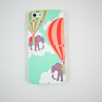 Elephant in Hot Air Balloon iPhone 5 Case, iPhone 5s Case, iPhone 5 Cover, Hard iPhone 5 Case