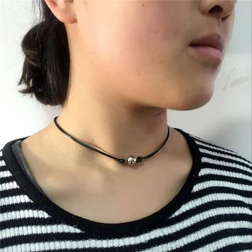 Danze Simple Design Classical Simulated Pearl Fire Ball Crown Choker Necklace Leather Rope Necklaces Pendants Jewelry For Women