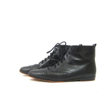 Black Leather Pippi Boots Lace Up Ankle boots Hipster Goth Boots women's size 9.5 10