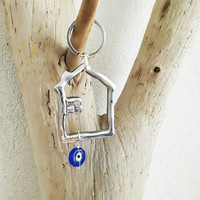 Silver house keychain, aluminum house outline key ring with glass blue eye, good luck keyring, unisex key chain, house and eye key ring