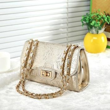 2017 new korean fashion women contracted gold shoulder bag embossing golden silver roses woman chains crossbody messenger bags