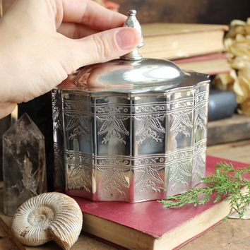 Silver Trinket Lidded Container