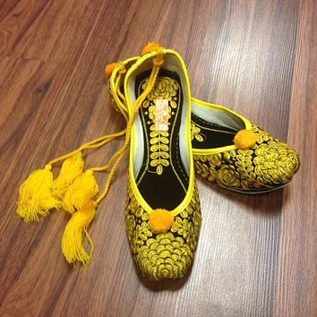 Yellow Embroidered Juti with Laces