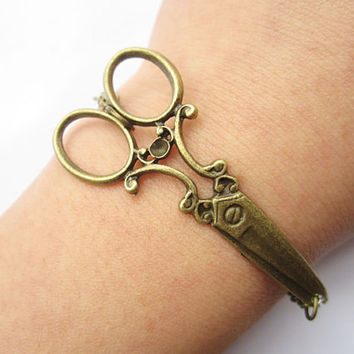 Bracelet---antique bronze scissors & alloy chain