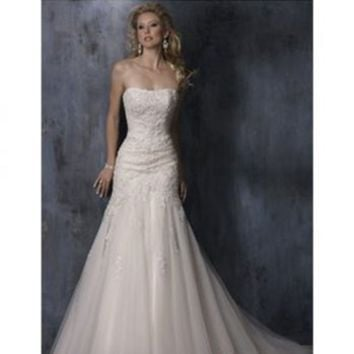 Elegant A-line Strapless Semi-Cathedral Embroidery Satin And Tulle Wedding Dress [TOQ0719001] - $162.00 :