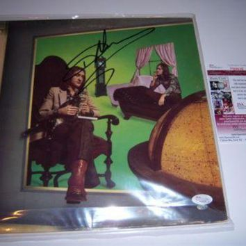 DCCKJNG Dave Mason Signed Autographed 'Let It Flow' Record Album (JSA COA)