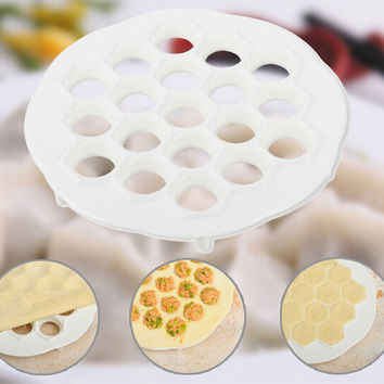 Dumpling Mold Maker Gadgets Dough Press Ravioli Making Mould DIY Kitchen Tools  U61003