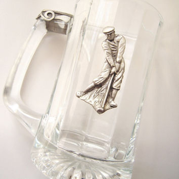Pewter crest with thumb rest golfer glass stein mug, mint condition, new-old stock, golfer dad, beer stein, made in n.america, pewter crest.