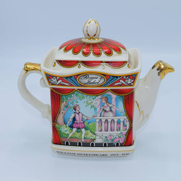 Sadler Romeo & Juliet Tea Pot Vintage Staffordshire England 4445 reg. design No.2010603 William Shakespeare 1564-1616 Gift for Her Mom